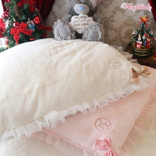 Hug Me Bed by Wooflink