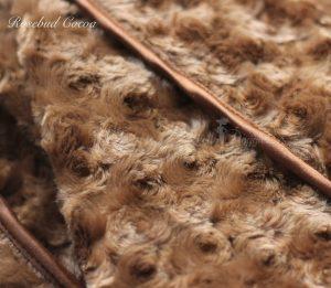 rosebud blanket in cocoa
