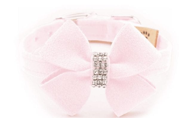 nouveau bow collar