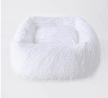 Himalayan Yak Dog Bed in White