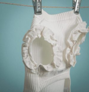 Sleeveless Frill Dog Shirt