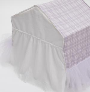 lavender peekaboo dog bed