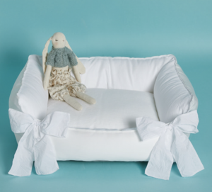 blanc boom dog bed