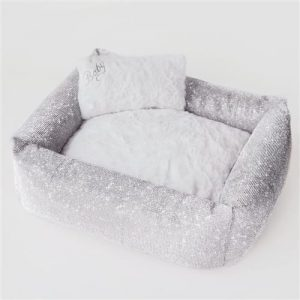 luxurious crystal bed by hello doggie
